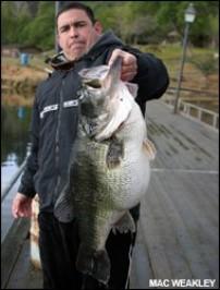 25 pound 1 oz largemouth. Why isn't it a world record.