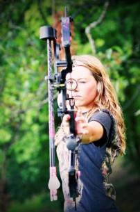Beautiful Bow Hunting Ladiy