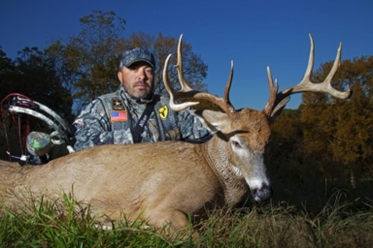 Famous Celeb Hunters Hunting